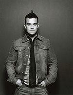 Robbie Williams kontra Michael Sheen i reszta świata