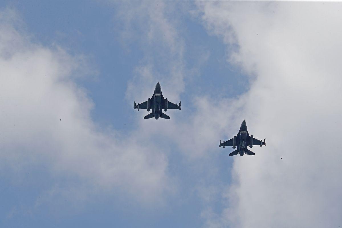 Amerykańskie F-16 nad Polską