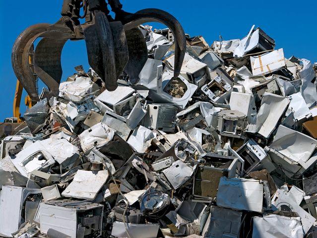 Kilkadziesiąt procent rynku elektrośmieci to szara strefa! Zaczyna się walka