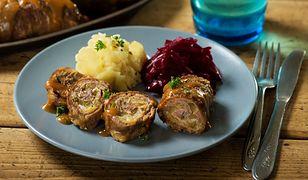 Zrazy wołowe zawijane z boczkiem i ogórkiem. Obiad palce lizać