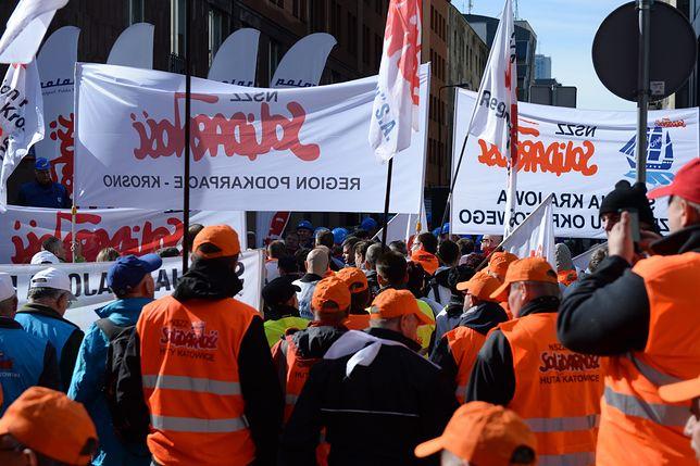 """""""Solidarność"""" chce lustracji w administracji państwowej"""