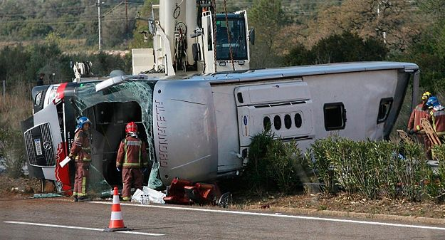 Wypadek autobusu w Hiszpanii. Zginęło 13 osób