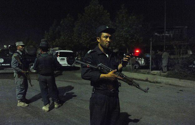 Afgańskie służby w okolicy uniwersytetu