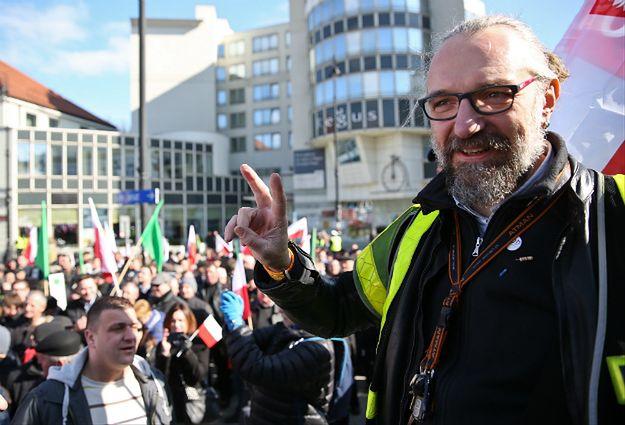 Lider KOD Mateusz Kijowski podczas jednej z demonstracji