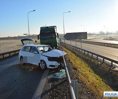 Legnica. Tragiczny wypadek na autostradzie A4. Kierowca nie żyje