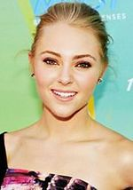 "''The Carrie Diaries"": AnnaSophia Robb młodą Sarah Jessicą Parker"