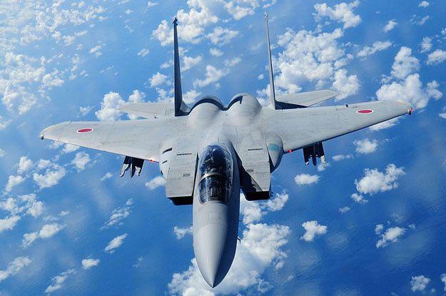 Japoński myśliwiec Mitsubishi F-15DJ