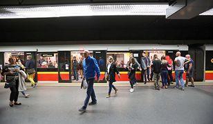 Metro Warszawa. Utrudnienia na trzech stacjach metra w piątek, 13 grudnia br. [zdj. ilustracyjne]