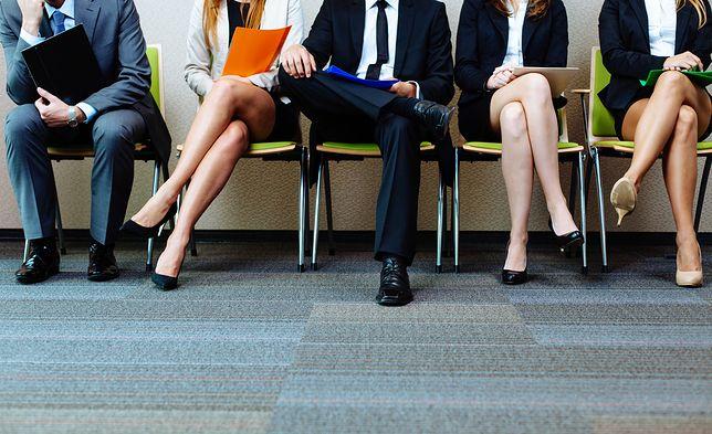 4 na 10 badanych jest wyraźnie niezadowolonych ze swoich zarobków