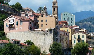 Włosi oddają za darmo ponad 100 zabytkowych budowli