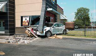 M. in. takimi zdjęciami swoje usługi promuje od niedawna Burger King