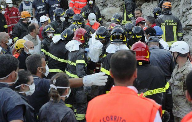 Trzęsienie ziemi we Włoszech. Liczba zabitych wzrosła do 250