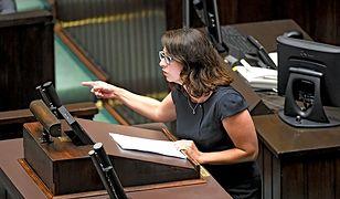 Po głosowaniu nad obywatelskimi projektami ws. aborcji na opozycję posypały się gromy