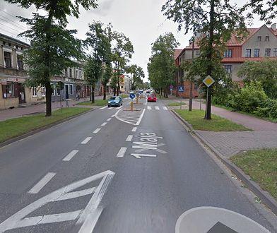 Potrącił kobietę z dziećmi na przejściu dla pieszych w Żyrardowie. Policja szuka świadków