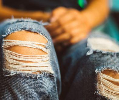 Podarte jeansy są nieprzyzwoite? Chrześcijański publicysta ostrzega