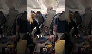 Tak wyglądało wnętrze samolotu po tym, gdy maszyna wpadła w silne drgania