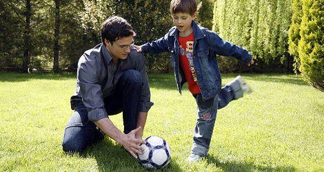 Dlaczego musisz grać z synem w piłkę?