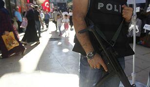 Turcja: pułkownik puczystów znaleziony w... szafie