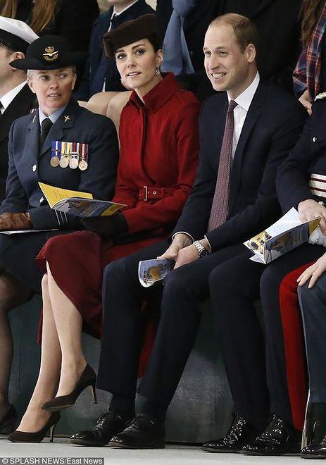 Księżna wie, jak wykorzystać jeden element garderoby kilka razy