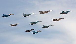 Rosyjskie myśliwce Su-30 przeprowadziły ćwiczenia symulujące ataki w przestrzeni powietrznej Morza Czarnego i Azowskiego
