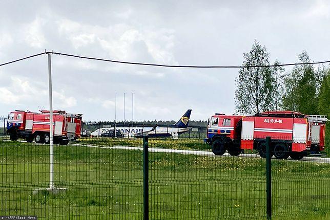 Samolot Ryanair należący do firmy zarejestrowanej w Polsce został zmuszony do awaryjnego lądowania w Mińsku