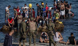 Hiszpańska Ceuta otoczona przez imigrantów. Do akcji wkroczyło wojsko