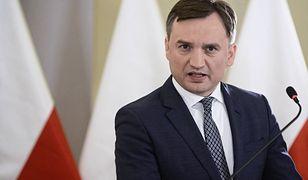 Szef branży dopalaczy miał zlecić zabójstwo Zbigniewa Ziobry. Minister komentuje: nie zastraszycie nas