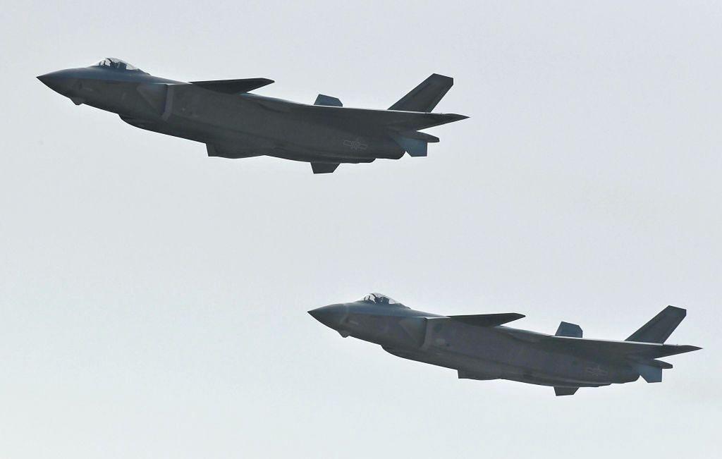 Tajwan znów zadrżał. 19 chińskich samolotów bojowych wleciało do strefy obrony przeciwlotniczej