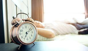 Zmiana czasu 2019 – już w niedzielę zmiana czasu na letni. Sprawdź, w którą stronę trzeba przesunąć wskazówki zegara