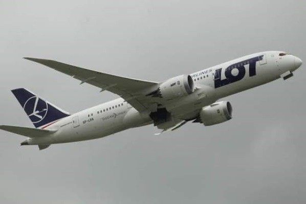 Śmierć trzylatka na pokładzie samolotu z Chicago do Warszawy