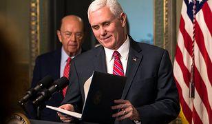 Wiceprezydent USA Mike Pence odrzuca oskarżenia o hipokryzję