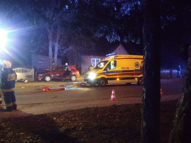 Na miejscu pracowało kilka zastępów straży pożarnej