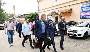 Polscy prokuratorzy polecieli do Smoleńska. Nie uciekną przed polityczną oceną swojej pracy