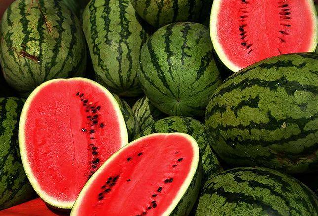 Arbuz to jeden z najpopularniejszych składników letnich deserów
