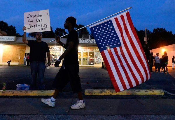 W Ferguson od tygodnia trwają zamieszki