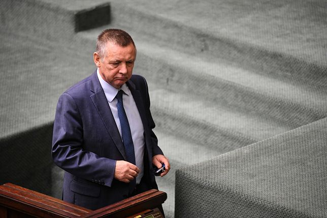 Senat chce wezwać szefa NIK Mariana Banasia