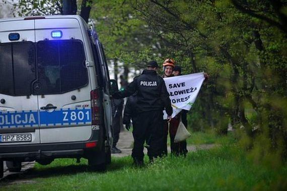 Protest przed Ministerstwem Środowiska. Interweniowała policja