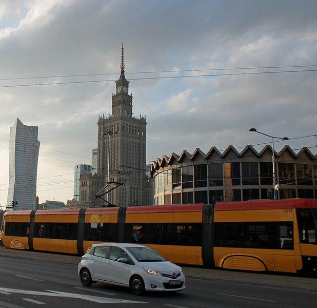 Stolica zaciąga miliard złotych kredytu w EBI