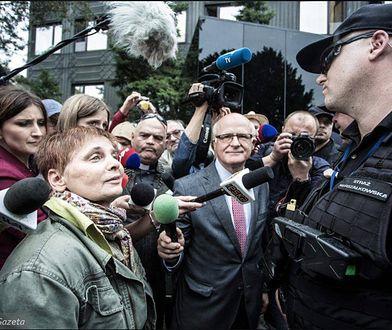 """Janina Ochojska dla WP: """"Niepełnosprawnych władza odcina od świata. Na spacery wychodzi się nawet w więzieniu"""""""