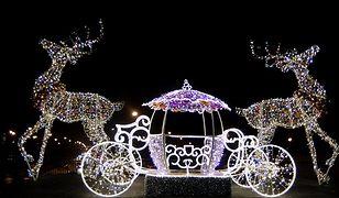 Świąteczna iluminacja rozświetliła Warszawę [ZDJĘCIA]