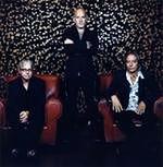 Michael Stipe gra na perkusji i klawiszach dla zaprzyjaźnionego reżysera