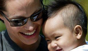 Angelina Jolie i mały Maddox. Dziś chłopiec ma 16 lat