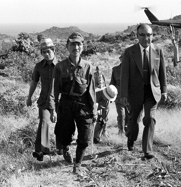 Hiro Onoda w dniu swojej kapitulacji na Filipinach po niemal 30 latach samotnej walki