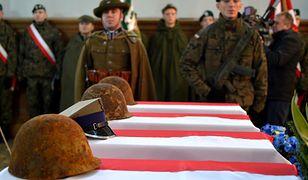 W 2016 r. w miejscowości Mościska pochowane szczątki żołnierzy ekshumowane w różnych miejscach w ramach projektu poszukiwań obrońców Lwowa z 1939 r.