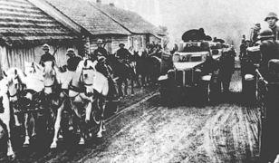 17 września mija 80.rocznica agresji sowieckiej na Polskę. N/z.: 1939 - wojska ZSRR zajmują wschodnie tereny Polski. PAP 15.09.98