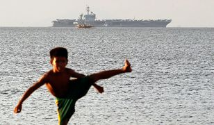 Amerykański lotniskowiec jest trzonem floty, która śledzi chińskie manewry