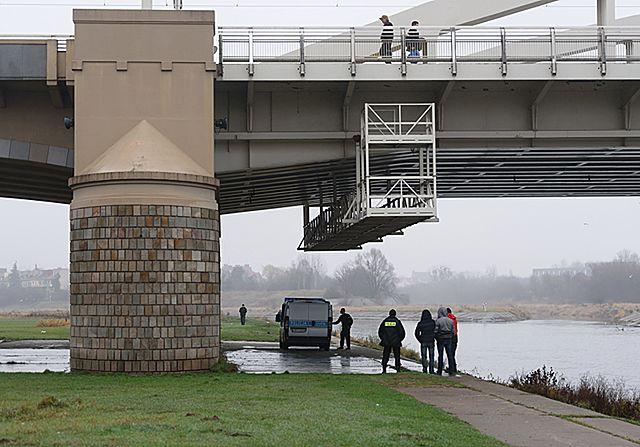 Zginęła przy moście? 26-latka prawdopodobnie nie żyje