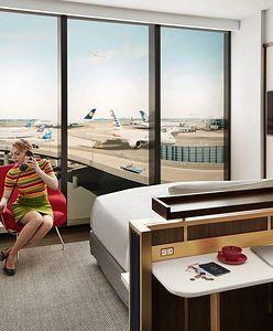 """Ze starego terminala stworzono luksusowy hotel. Wnętrza inspirowane """"Erą odrzutową"""""""