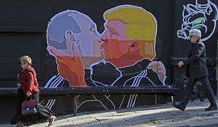 Mural w Wilnie przedstawiający Władimira Putina i Donalda Trumpa