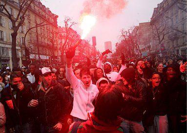 Niepokoje w Paryżu trwają